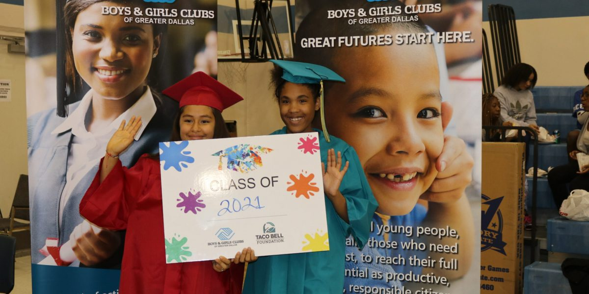 Turn Up to Graduate Teen Event (28)